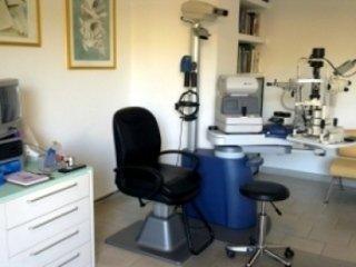 Oculista La Spezia Dr Varese intervento di cataratta, laser, visite oftalmologiche pediatriche