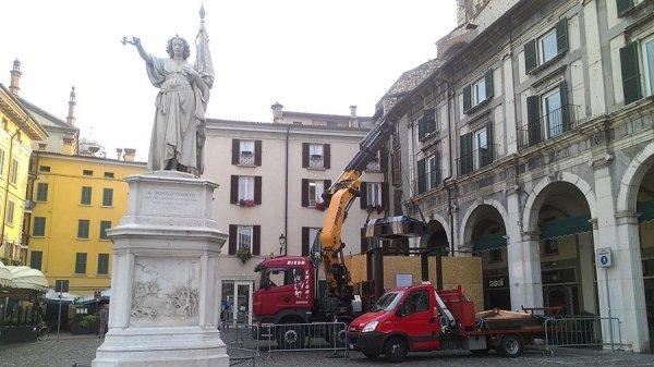 automezzo lavori Brescia