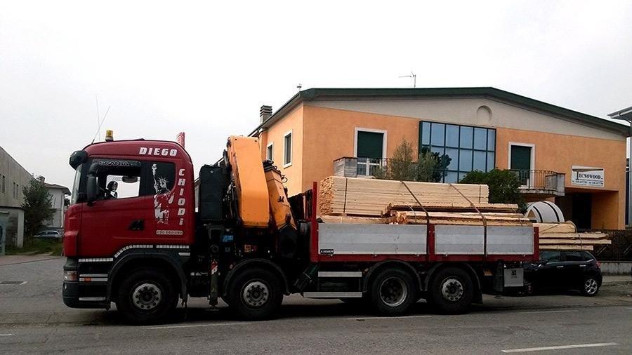 automezzo trasporto legname