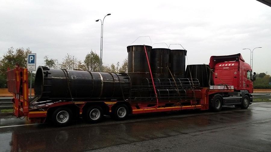 camion trasporto materiale ferroso