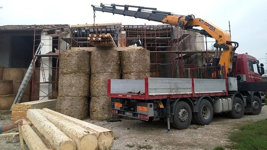 gru carico legname