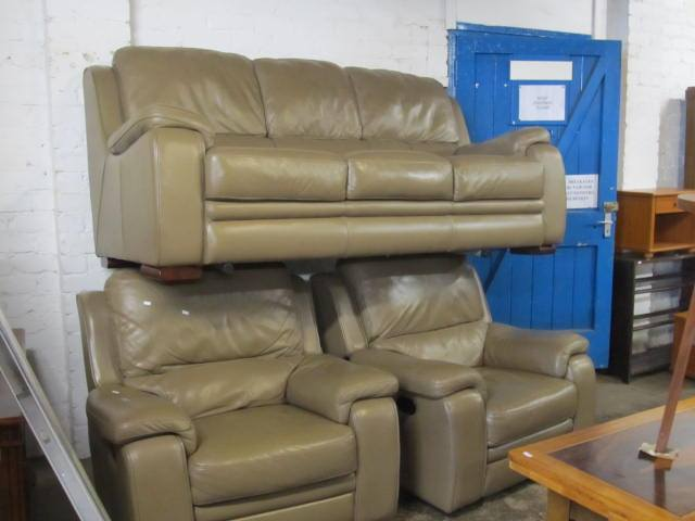 J & J Howe auction settee