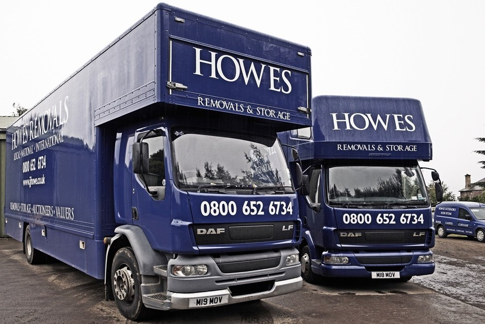 JJ Howe Domestic Removal vehicles