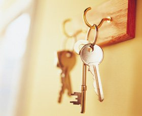 Emergency locksmith - Canterbury, Kent - Assure Services - Keys