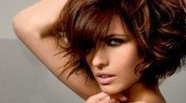 parrucchieri creativi, trattamenti contro forfora, novità stilistiche per capelli