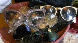 vendita accessori vintage, accessori vintage vendita, commercio accessori vintage
