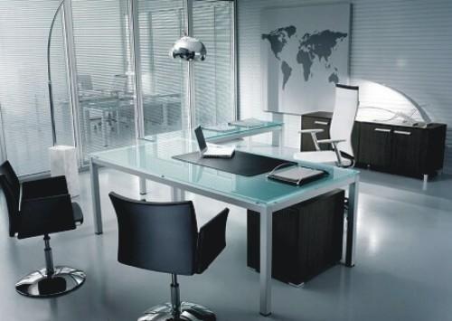 scrivanie e arredo ufficio
