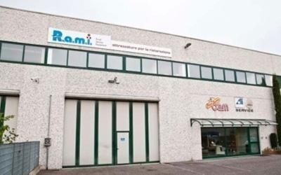 Ingresso capannone R.A.M.I.
