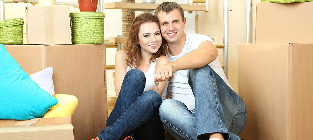 young-couple-new-house