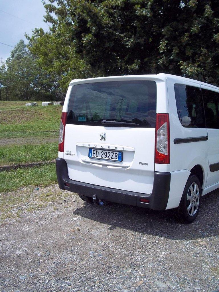 Peugeot Expert Tepee minibus