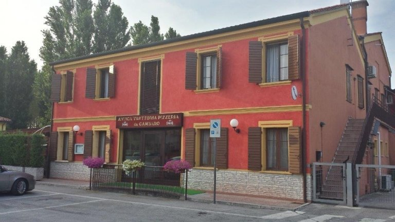 Renowned restaurant in Cadoneghe in the province of Padua