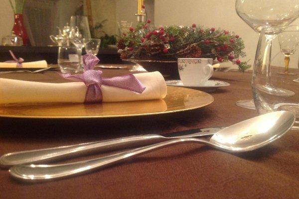 tavola decorata, tavola allestita per eventi