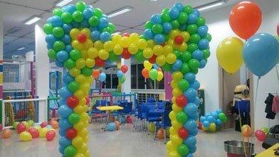 Allestimenti e sculture di palloncini per feste ed eventi privati per grandi e piccini a Bari