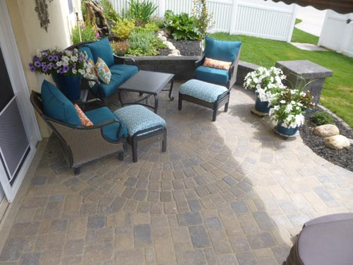 covered patio, patio furniture