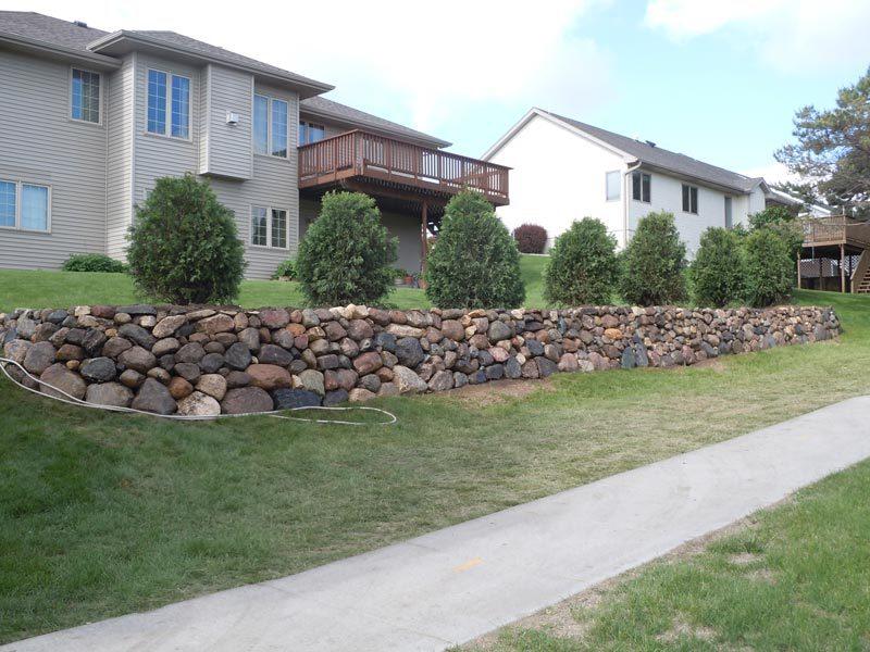 rock wall divider