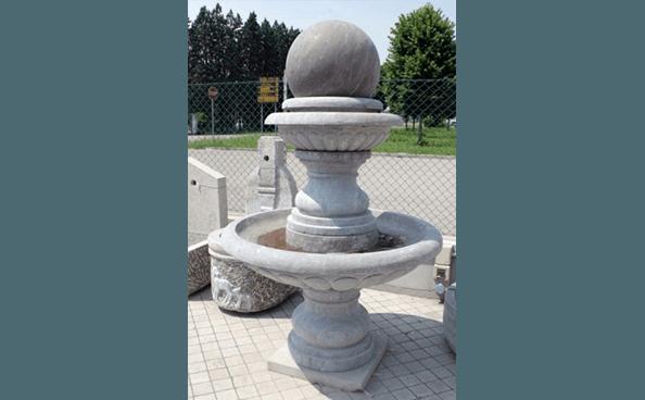fontana di pietra