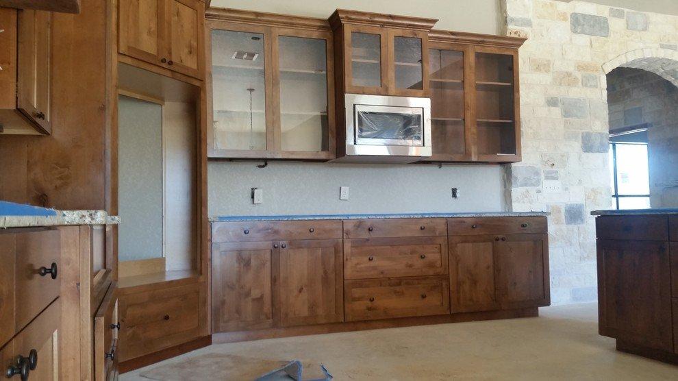 Cabinet contractor san antonio tx upscale custom for Timberwood custom kitchens
