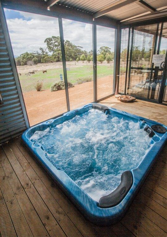 Hot tub at the Cloud nine spa chalets