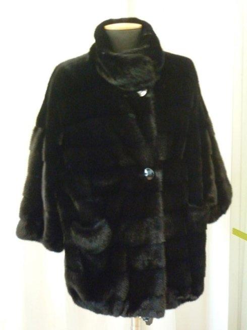 Giacca nera con pelliccia