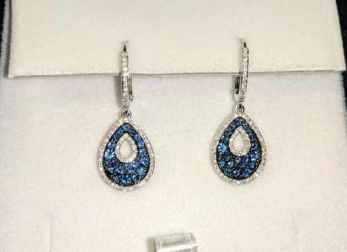 Elegant blue jewelry