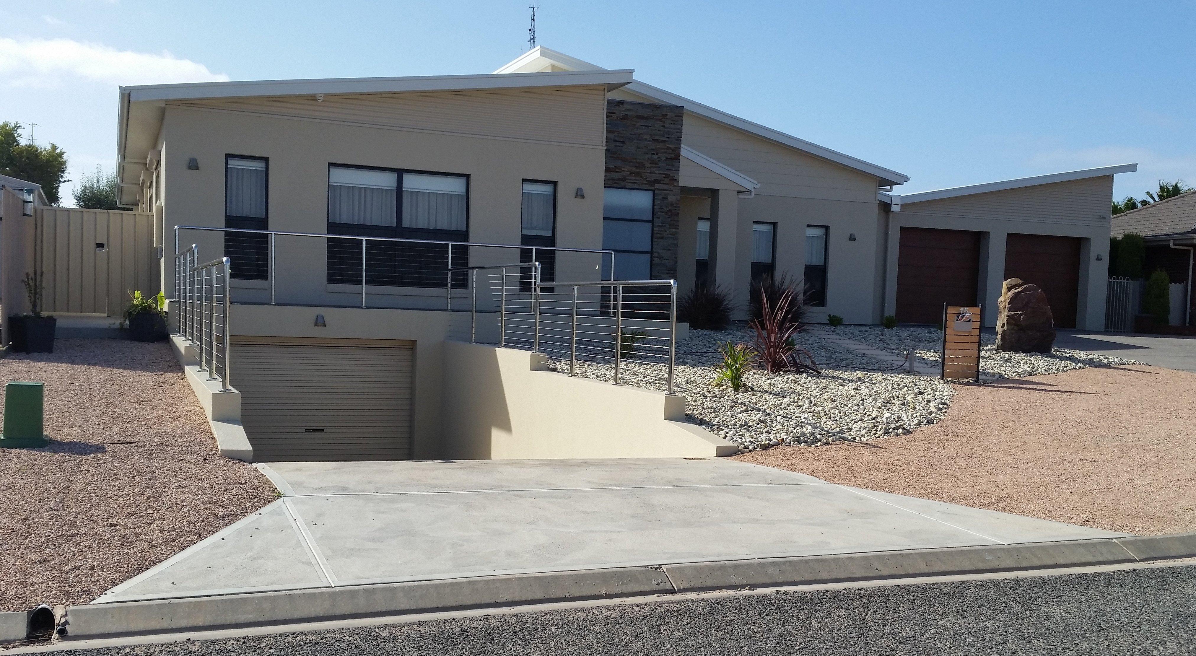 Building design south australia coastal living by design for Building designers perth