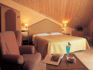 CAMERA -HOTEL PAVILLON - COURMAYEUR