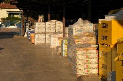 attrezzatura e materiale edile