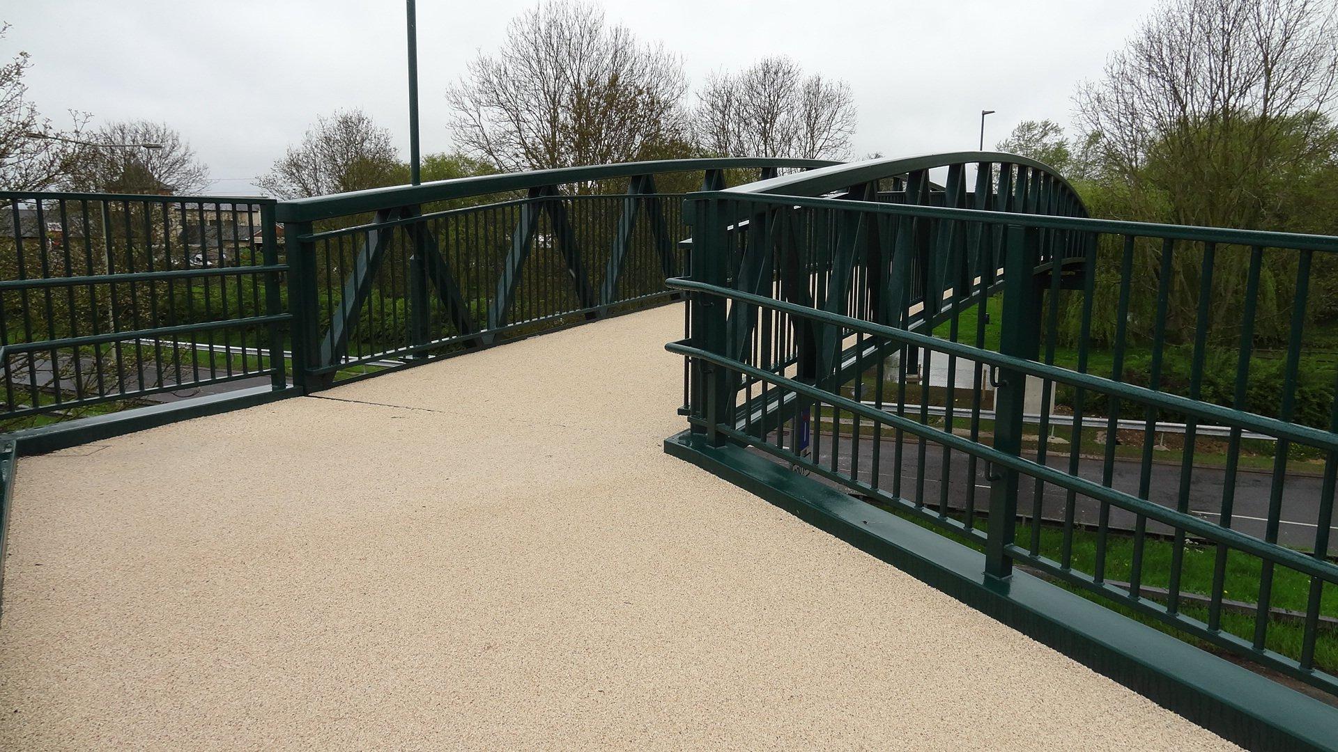 non-slip resin bonded bridge access