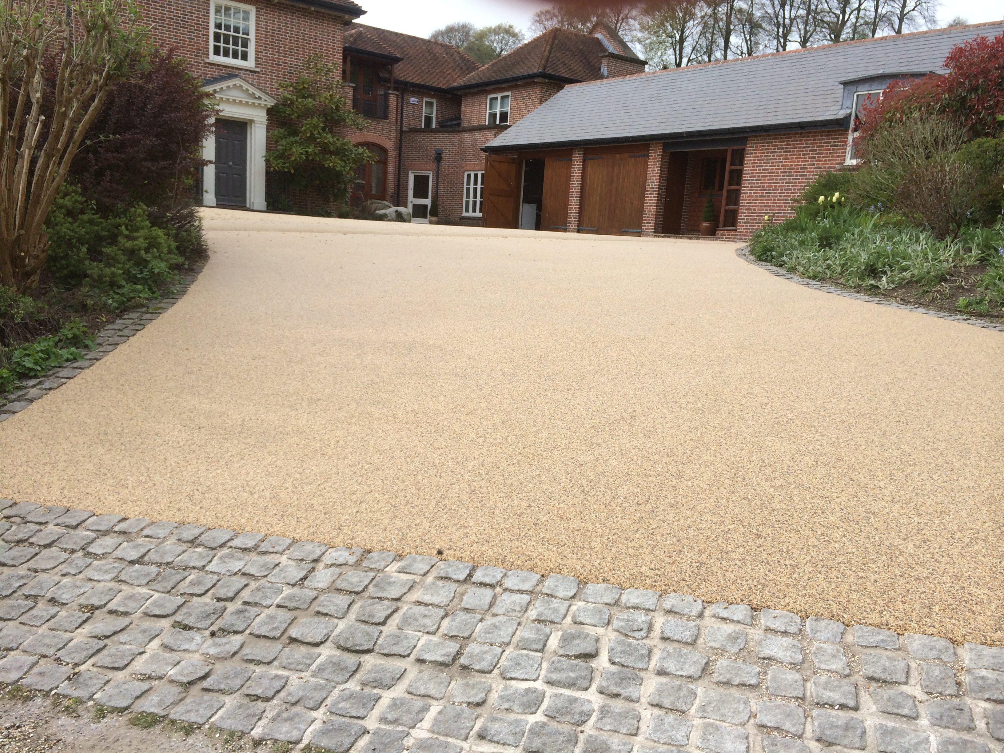 Excellent resin bound paving in Somerset Dorset and Devon