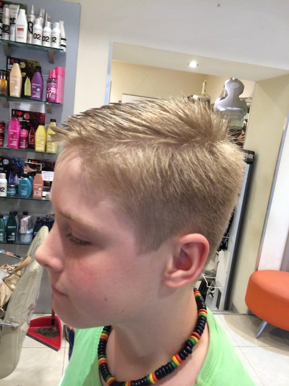 parrucchiere bambino genova