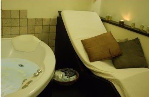 Dettaglio di lettino per massaggi