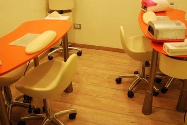 tavoli per manicure