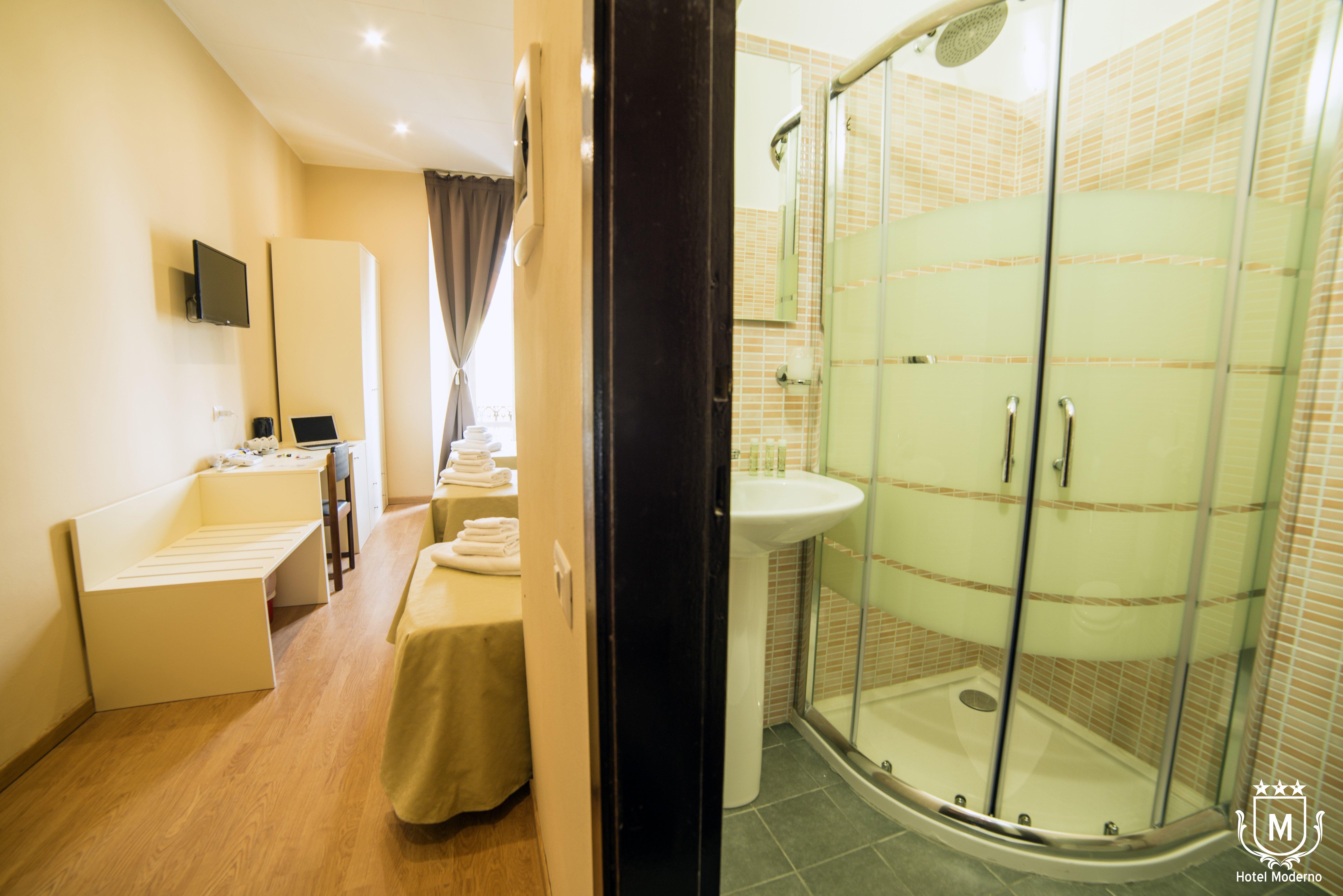 camera di hotel con vasca