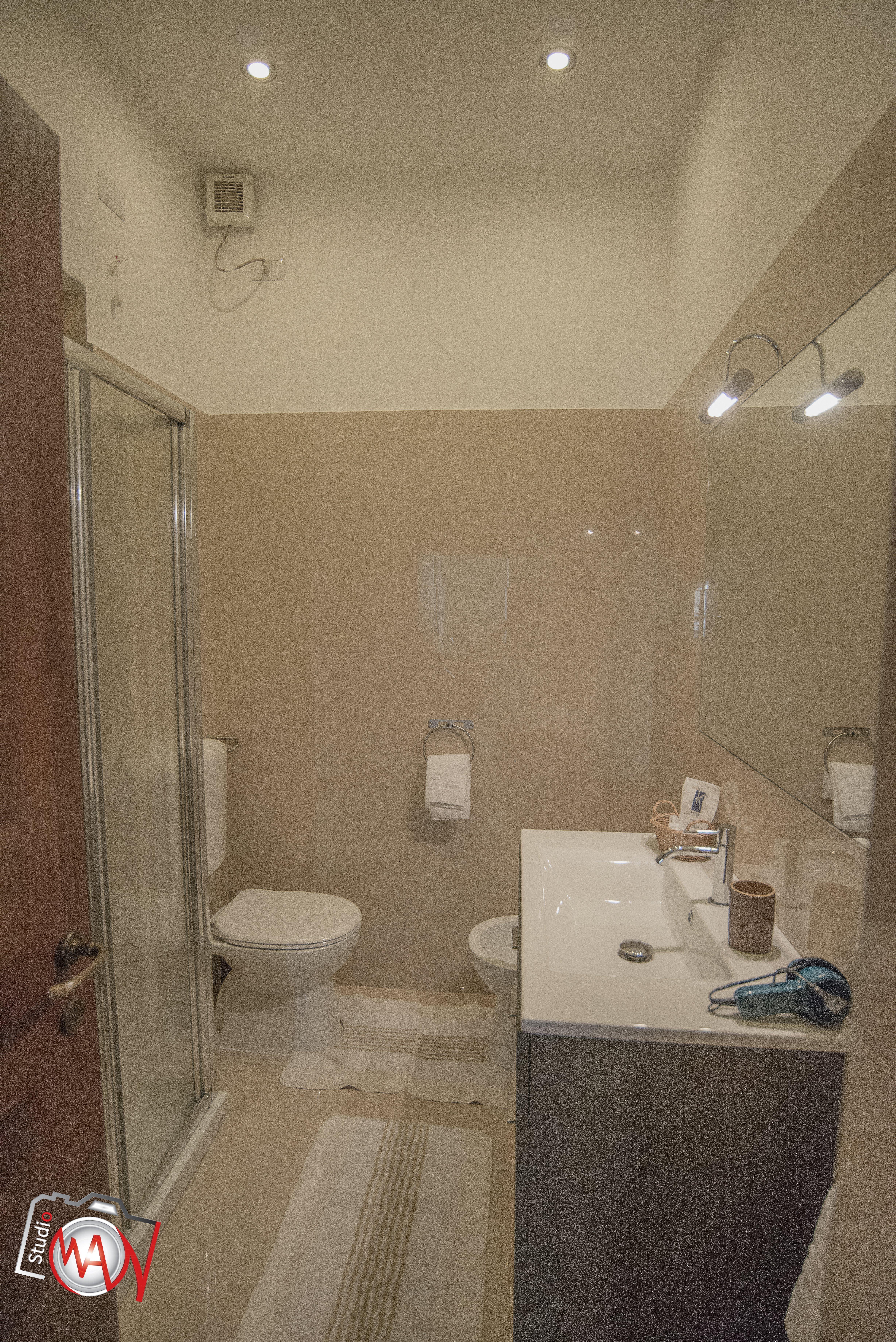 роскошная ванная комната отеля в Лекко