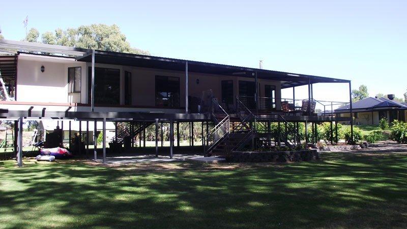 modular house on stilts