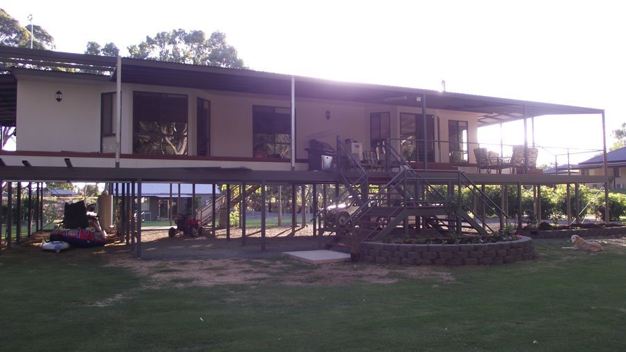 modular home on stilts
