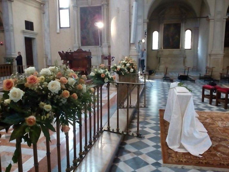 bouquet e vasi