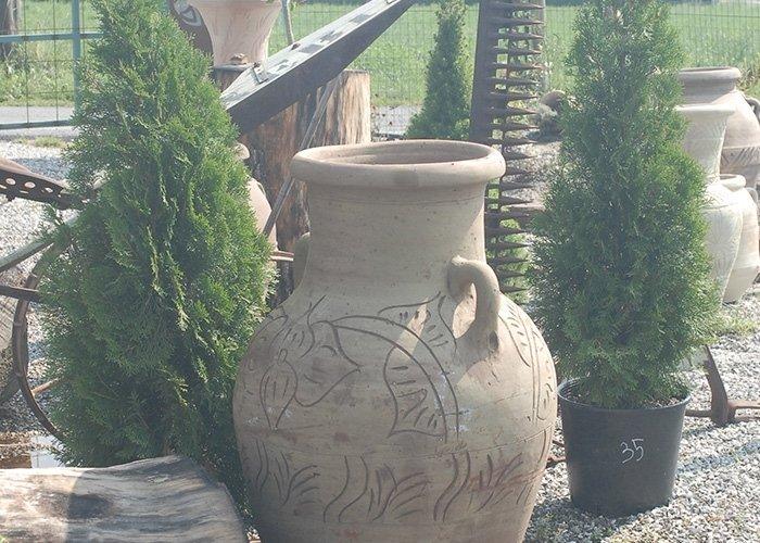 Dettaglio vaso con decrazioni
