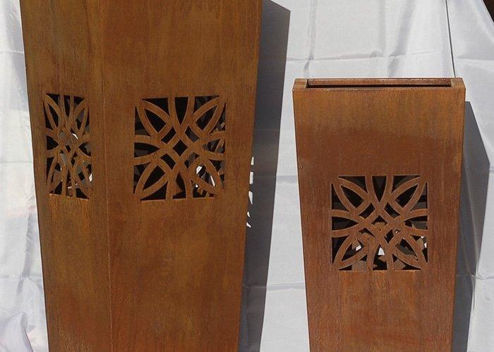 Dettaglio intarsi in legno