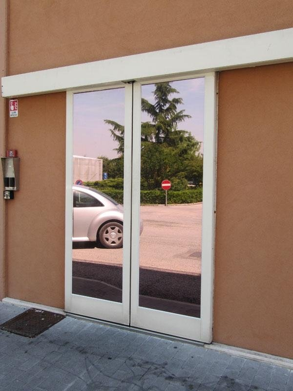 porta automatica in alluminio