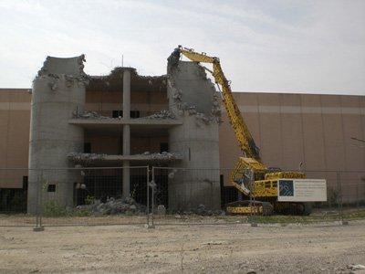 edificio in via di demolizione