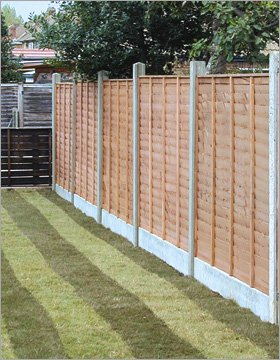 Fencing services - Walsall, West Midlands - CIT Plant Hire - Fencing and Landscaping