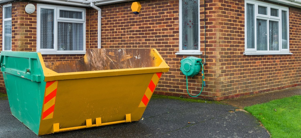 Skip hire company in Horley