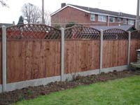 garden-fencing-bedfordshire-steadfast-fencing-fence-panel