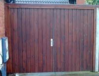 fence-panels-bedford-steadfast-fencing-fencing-contractors