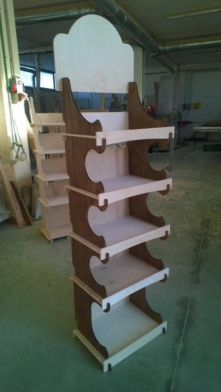 espositori in legno