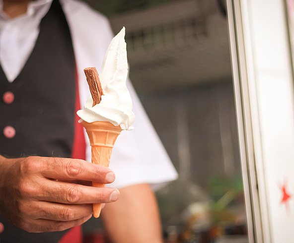 99 ice cream with a flake