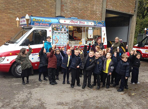 School children with ice cream from Royd Ices