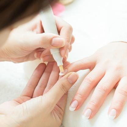 manicure curativo Roma IL GIGLIO