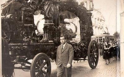 Funerale Carro funebre trainato da Cavalli